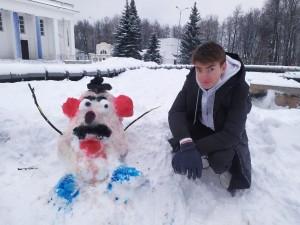 студент снеговик